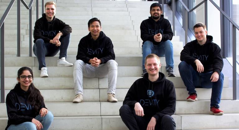 Das Team von DEVITY